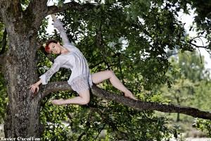 emma contorsion arbre